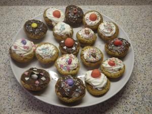 Cupcakes : anniversaire de fille dans Gâteau imgp1607-300x225